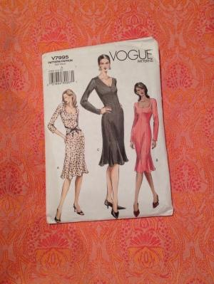Vogue 7995