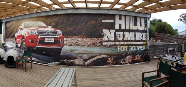 Hilux deck side